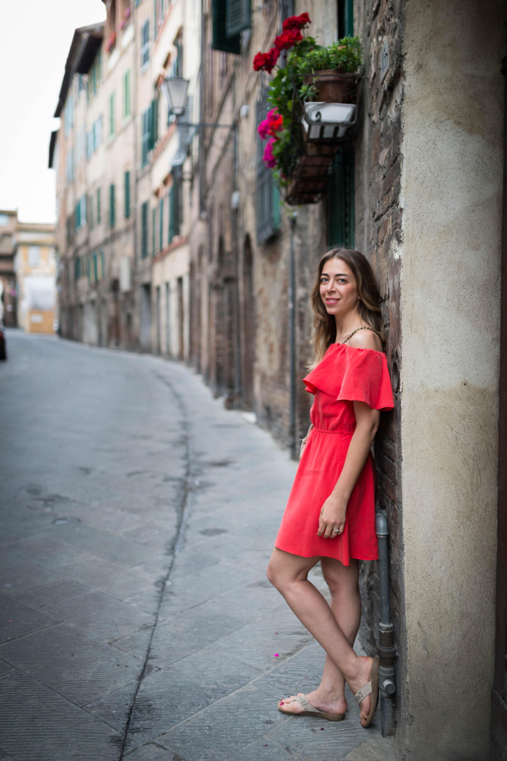 Elif, Siena.
